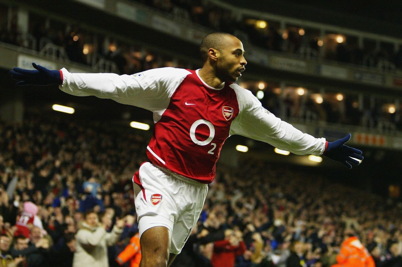 thierry-henry-scores-goal-premier-league-season-20032004-1418838111