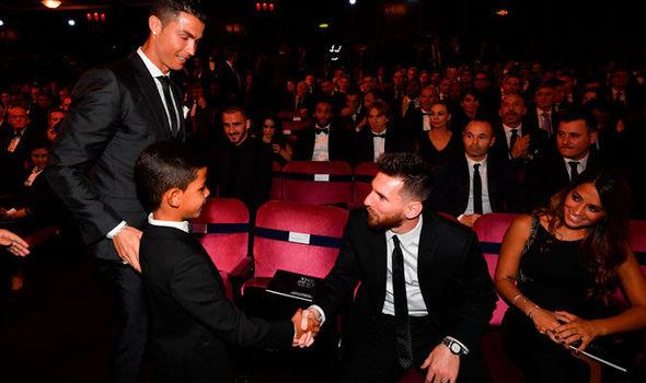 Cristiano-Ronaldo-son-889725